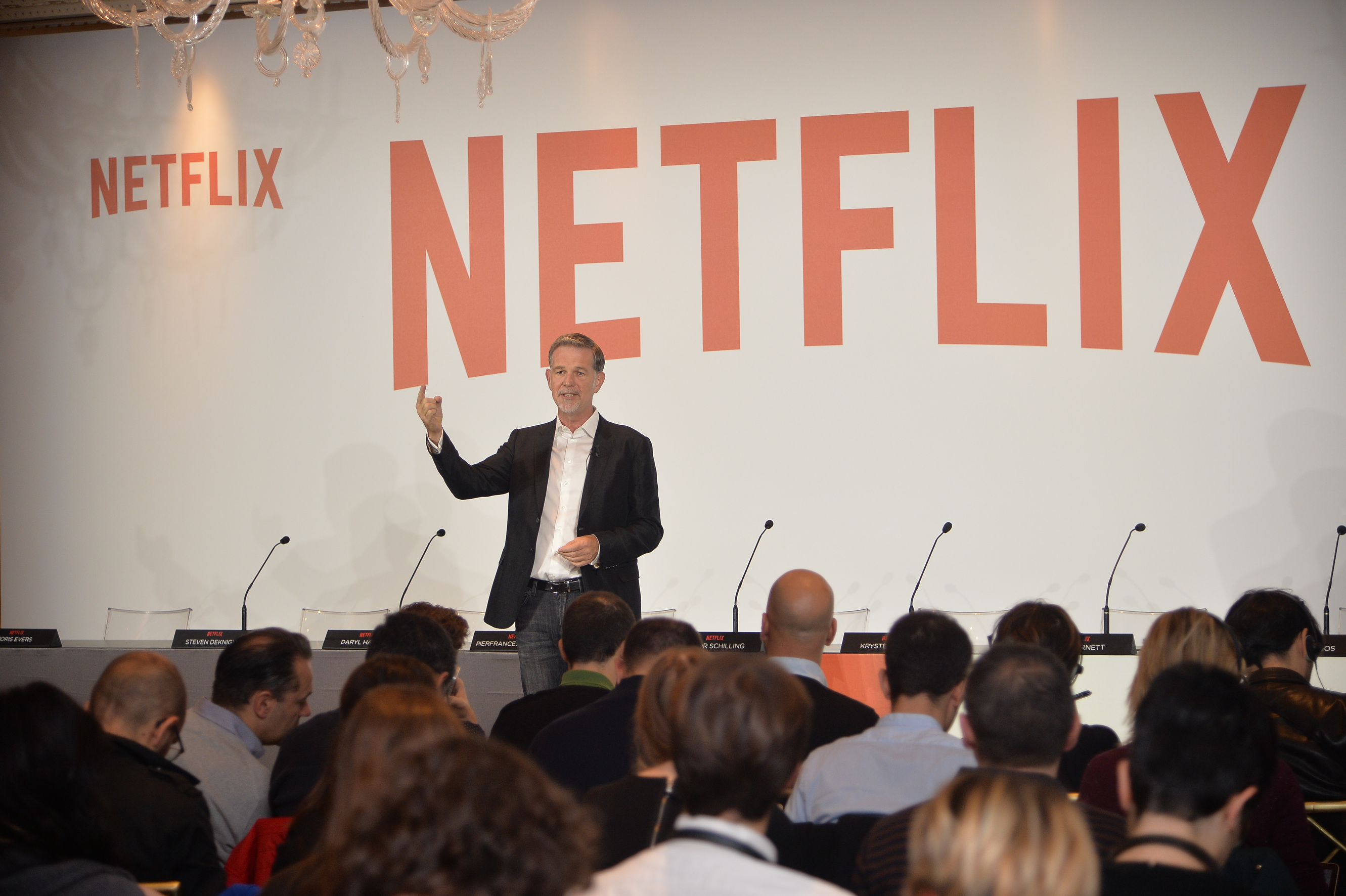Reed Hastings alla conferenza stampa di Netflix