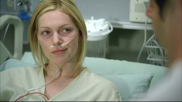 laura-prepon-house-md