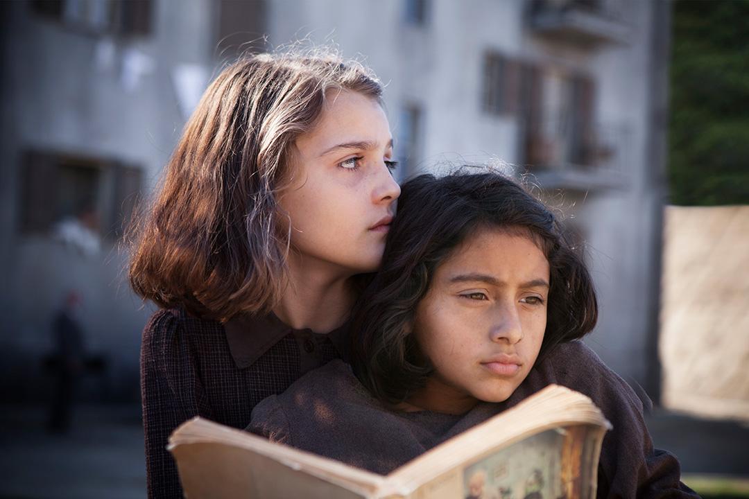 MBF_from-left,-Elisa-Del-Genio-(young-Elena)-&-Ludovica-Nasti-(young-Lila)_Photo-by-Eduardo-Castaldo-#2