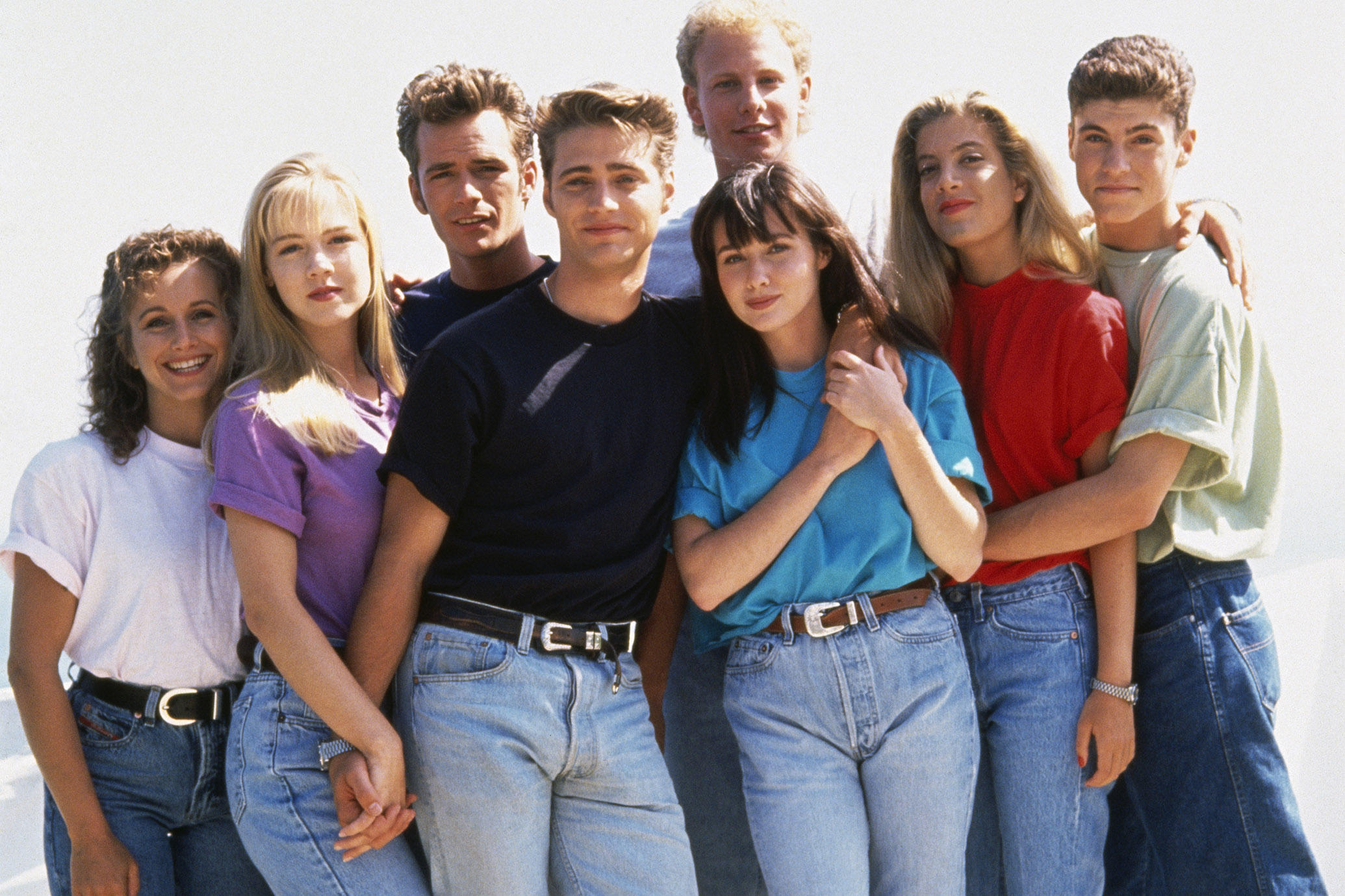 Cast of Beverly Hills, 90210 (Photo by mikel roberts/Sygma via Getty Images)