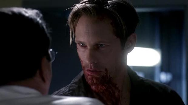 True Blood - Eric strappa palle