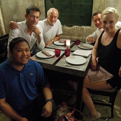 Tywin porta Jaime e Brienne al ristorante