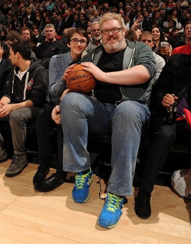 bran e Hodor alla partita di basket