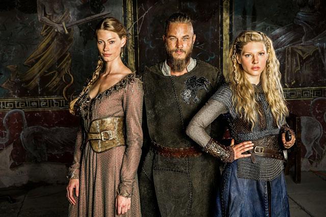 L to R- Princess Aslaug (Alyssa Sutherland), Ragnar Lothbrok (Travis Fimmel) and Lagertha (Katheryn Winnick)