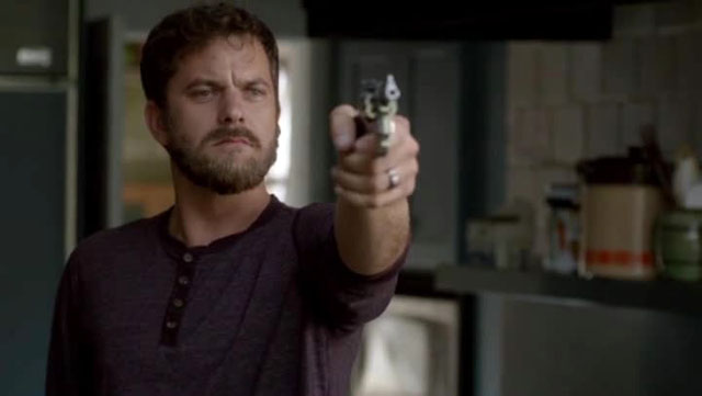 The Affair - Pacey con la pistola