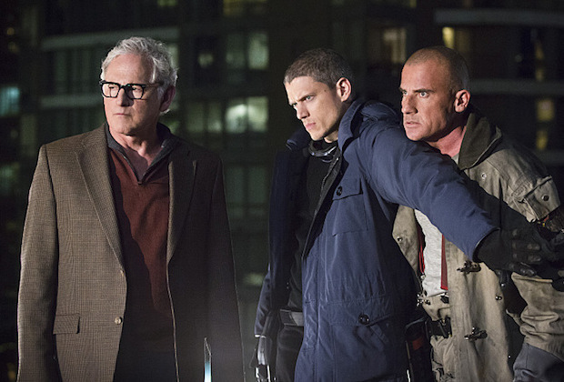 "DC's Legends of Tomorrow -- ""Pilot, Part 1"" -- Image LGN101d_0118b -- Pictured (L-R): Victor Garber as Professor Martin Stein, Wentworth Miller as Leonard Snart/Captain Cold and Dominic Purcell as Mick Rory/Heatwave -- Photo: Jeff Weddell/The CW -- © 2015 The CW Network, LLC. All Rights Reserved."