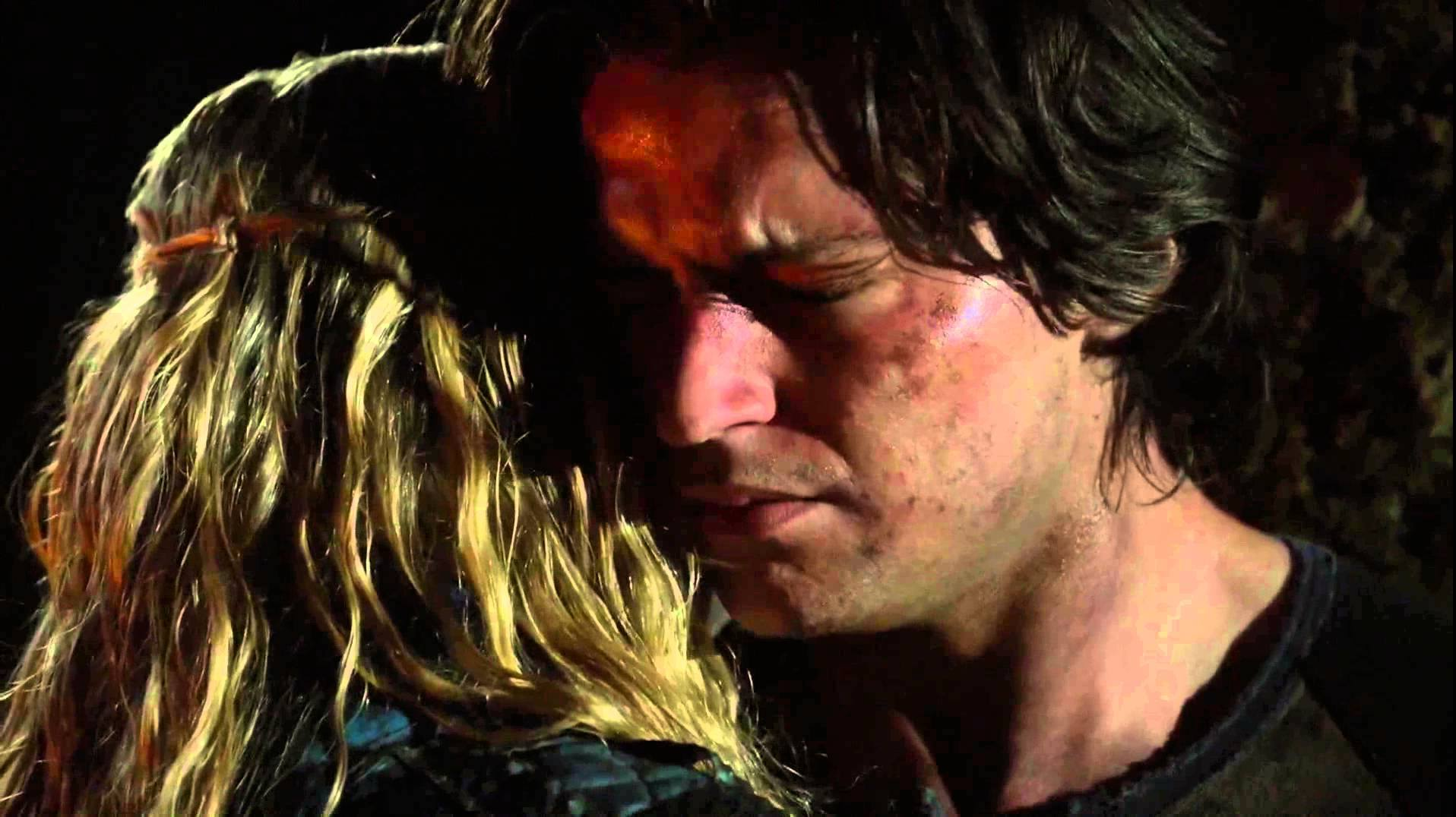 The 100 (12)