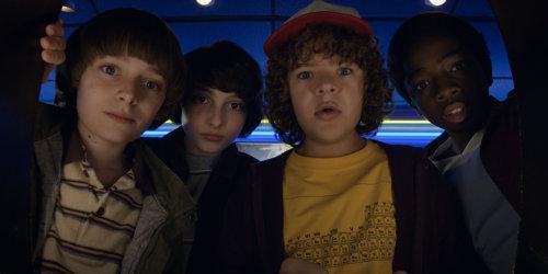 I quattro ragazzini protagonisti di Stranger Things seconda stagione