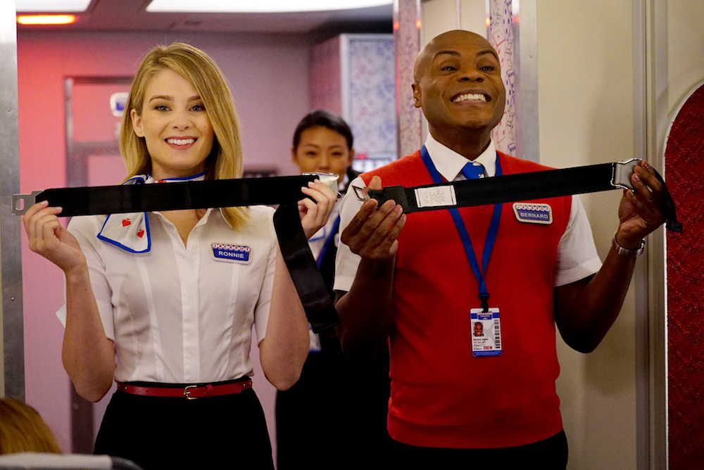 """LA TO VEGAS: L-R: Kim Matula and Nathan Lee Graham in the """"Pilot"""" premiere episode of LA TO VEGAS airing TUESDAY, Jan. 2 (9:00-9:30 PM ET/PT) on FOX. CR: FOX"""
