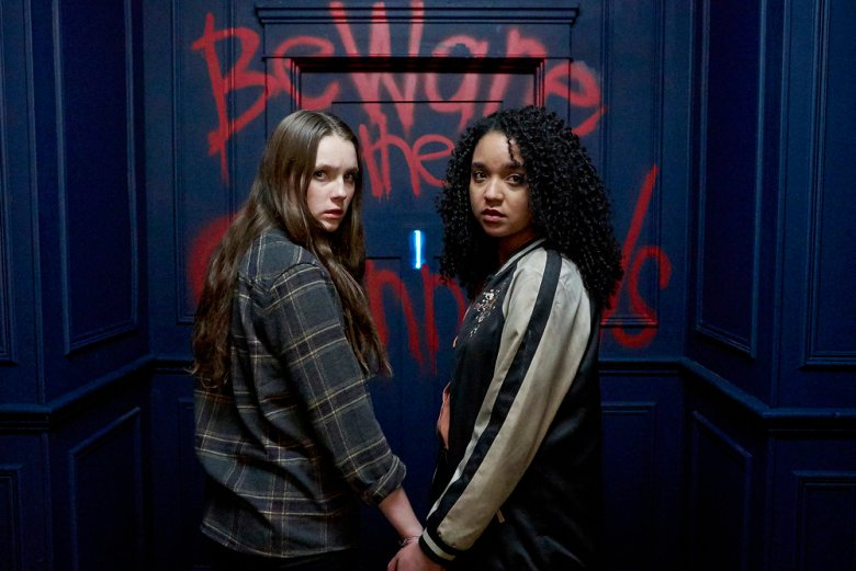 "CHANNEL ZERO: NO END HOUSE -- ""The Exit"" Episode 110 -- Pictured: (l-r) Amy Forsyth as Margot, Aisha Dee as Jules -- (Photo by: Allen Fraser/Syfy)"