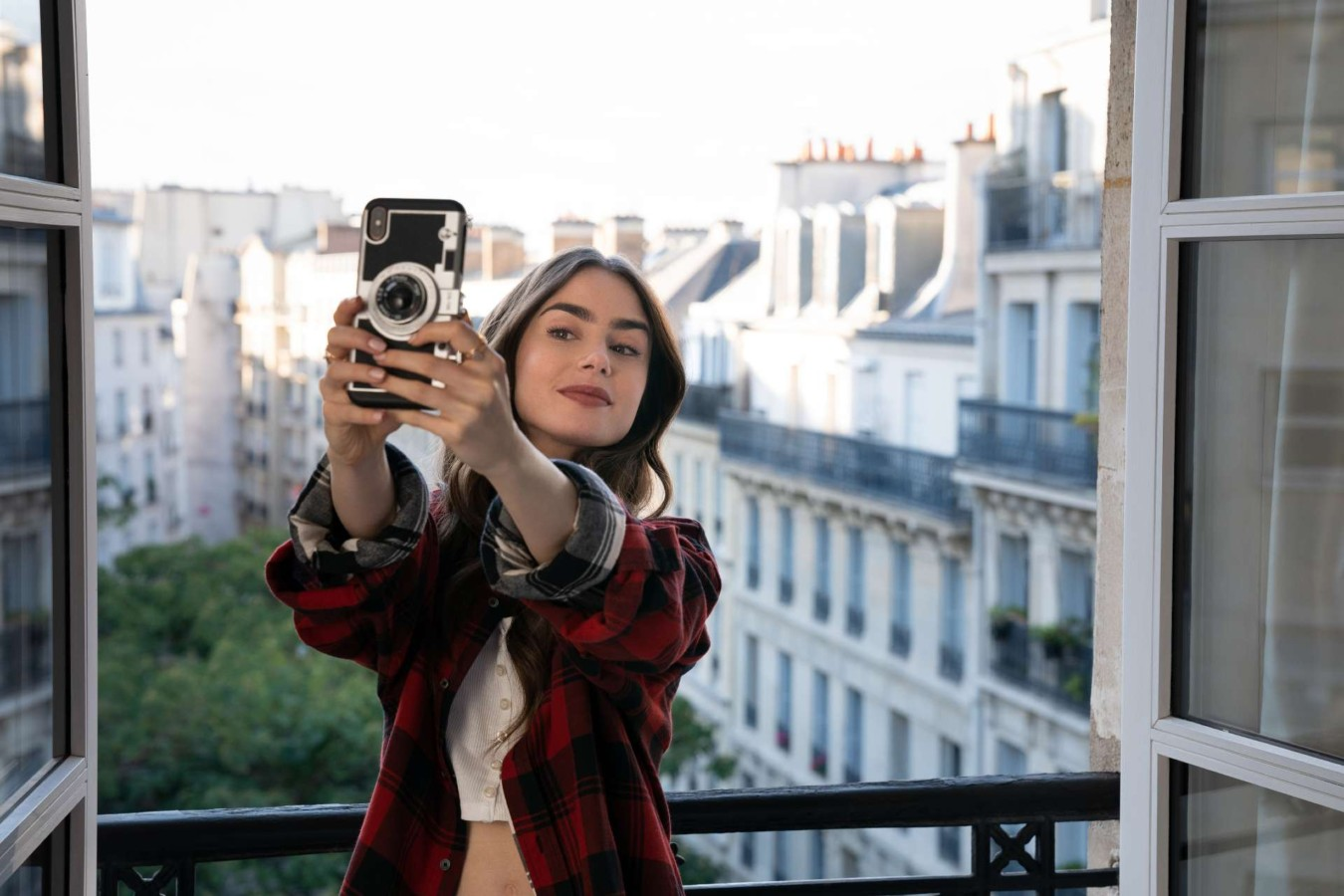 Emily in Paris - Netflix: la differenza tra leggerezza e sciatteria